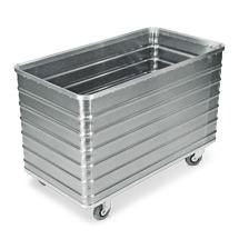 Alu-Kastenwagen mit Vollwand. Volumen bis 656 Liter