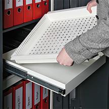 Ausziehbares Tablar für Datensicherungs-Schrank