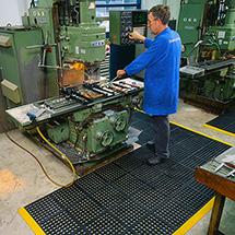 Bodenplatte für Montage-Arbeitspl., Stecksystem