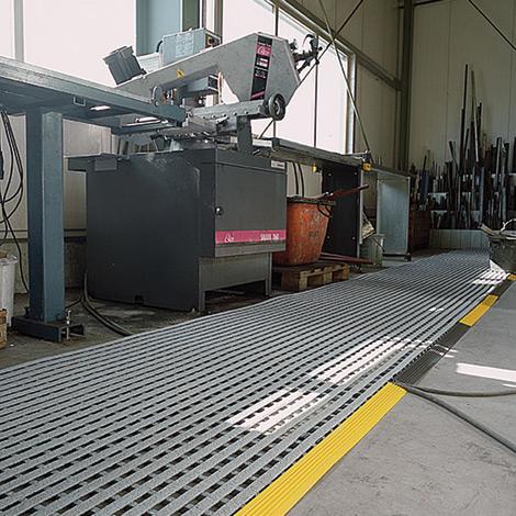 Bodenrost aus Vinyl. Rollenware, Breite bis 1000mm