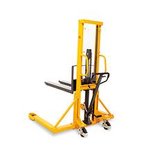 Breitspur-Hydraulik-Stapler Ameise® zur Paletten-Queraufnahme