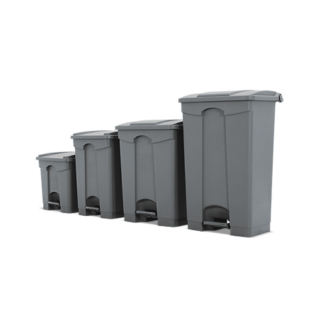 Cubo de basura con pedal de polipropileno. Capacidad de 30 hasta 45 litros