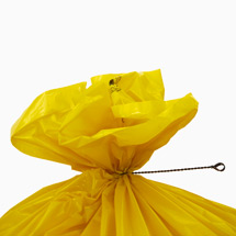 Drillapperat, zum verschließen gefüllter Abfallsäcke
