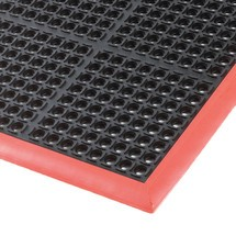 Edge strip for anti-fatigue mat in nitrile rubber