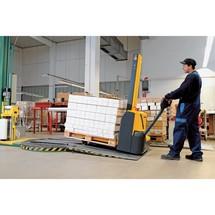 Elektrische stapelaar Jungheinrich ® EMC 110 met drempelfunctie. Enkelvoudige mast. Hefhoogte tot 2000 mm. Capaciteit 1000 kg
