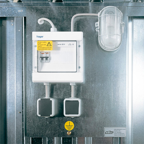 Elektroinstallation IP 44 für Materialcontainer