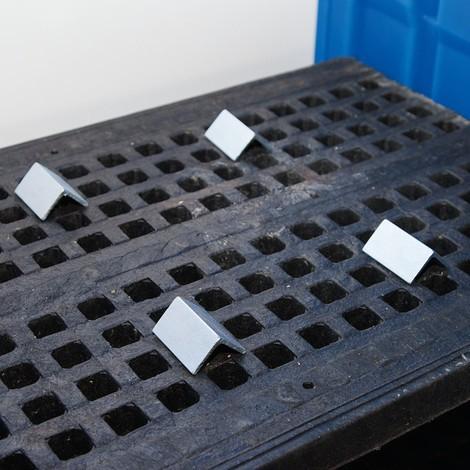 Fassarretierungen für Gefahrstoff-Depot aus PE