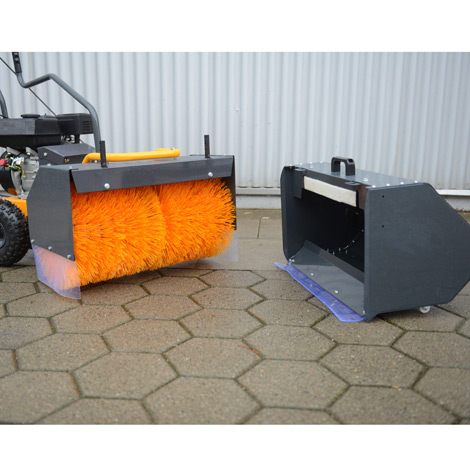 Ganzjahres-Kehrmaschine Basic Sweeper 60. Kehrbreite 600 mm