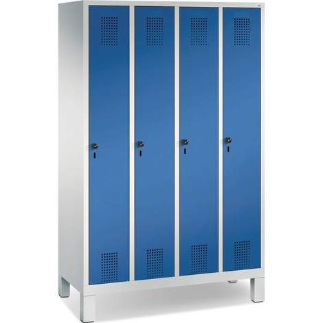 Garderobekast C+P Classic met poten, cilinderslot, 4 compartimenten, hxbxd 1.850 x 1.200 x 500 mm