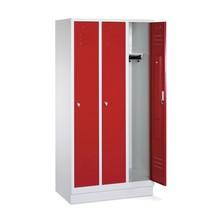 Garderobekast, sokkel+gleuven+draaivergrendeling, 3x400 mm