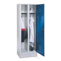 Garderobenschrank C+P Classic mit Doppelabteil, Füßen + Drehriegelverschluss, HxBxT 1.850 x 610 x 500 mm