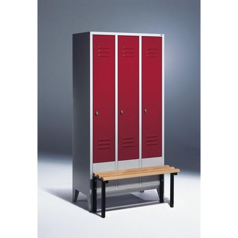 Garderobenschrank C+P Classic mit vorgebauter Sitzbank aus Holz, 3 Abteile à 400 mm, Drehriegelverschluss