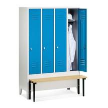 Garderobenschrank C+P Classic mit vorgebauter Sitzbank aus Holz, 4 Abteile à 300 mm, Drehriegelverschluss