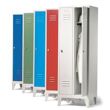 Garderobenschrank C+P mit Füßen + Drehriegelverschluss, 4 Abteile, HxBxT 1.850 x 1.200 x 500 mm
