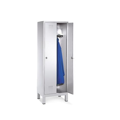 Garderobenschrank mit 2 Abteile à 400 mm Breite + Sockel, mit Zylinderschloss