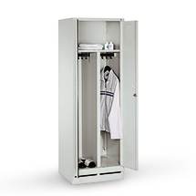 Garderobenschrank mit Sockel, 300mm Abteilbreite, 1 x 2 Abteile, Zylinderschloss