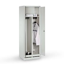 Garderobenschrank mit Sockel, 300mm Abteilbreite, 2 x 2 Abteile, Zylinderschloss