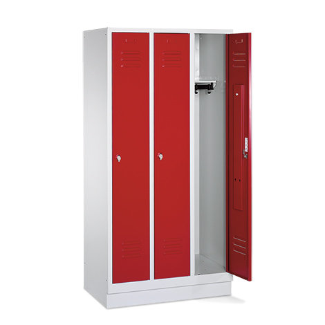 Garderobenschrank,Füße+Schlitze+Zylinderschloss, 3x400 mm