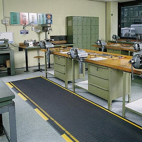 Gittermatte aus Vinyl. Breite bis 1000mm