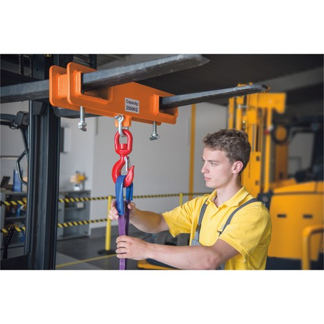 Hook attachment for forklift trucks