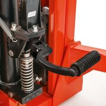Hydraulik-Stapler BASIC mit Teleskop-Mast - Tragkraft 1.000 kg, Hubhöhe 2.500 mm, B-Ware