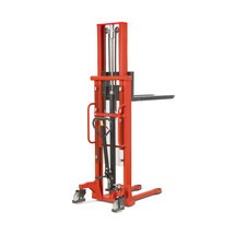 Hydraulische stapelaar BASIC - telescopische mast, heffen tot 2500 mm, capaciteit 1000 kg