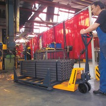 Jungheinrich AM 30 hand pallet truck with quick lift, long forks