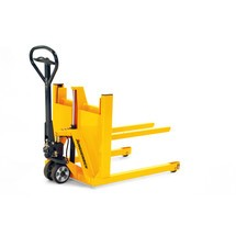 Jungheinrich AM V05 hand pallet truck, with wide track for display pallets