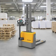 Jungheinrich EJC M10 E electric stacker truck with single stage mast, capacity 1000 kg