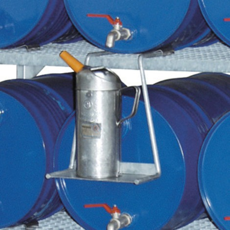 Kannenhalter für CEMO Fassregale und Stapelgestelle mit GFK-Auffangwannen