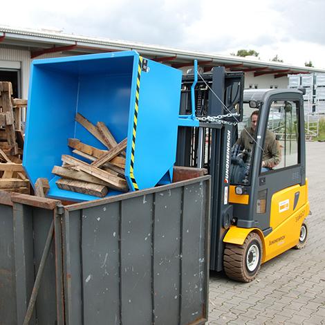 Kippbehälter. Niedrige Bauhöhe, Tragkraft bis 1500kg, lackiert/verzinkt