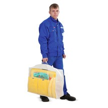 Kit d'urgence dans un sac transparent
