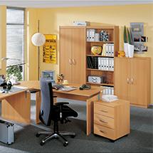Komplettangebot: 7-teiliges Büroset Advantage. Wangenschreibtisch