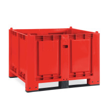 Large polypropylene container, 550 litres, with cross members