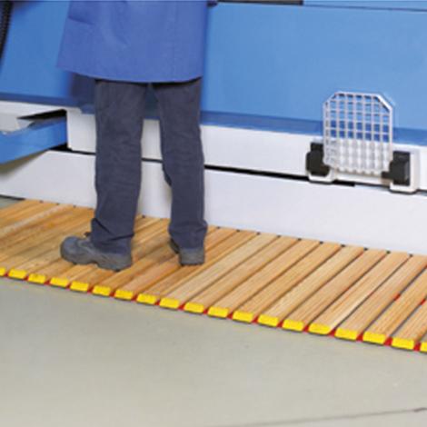 Laufrost aus Holz. Breite bis 1500mm