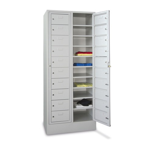 Lockers PAVOY ® met 1 compartiment + 20 vakken + sokkel