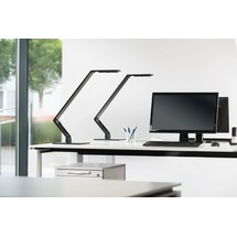 LUCTRA TABLE LINEAR BASE