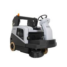 Nilfisk® Aufsitz-Kehrmaschine SW5500