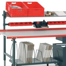 Paktafel en werkbank. 690 - 960 x 2000 x 920 mm (hxbxd)