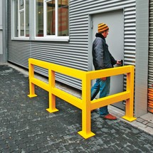 Pilar para barra de proteção contra colisão, para utilização no exterior