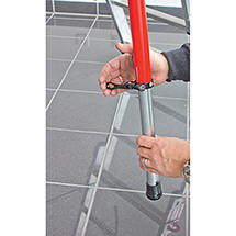 Podestleiter HYMER® mit Gerüst+Transportrollen. Klappbar, einseitig