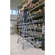Podestleiter KRAUSE® mit Plattformgeländer + Rollen. Einseitig besteigbar