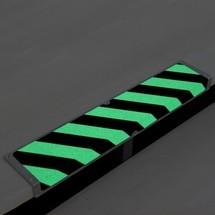 Profilé d'arête antidérapant, phosphorescent