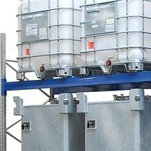 Profilo montante per scaffalature porta-pallet con vasche di raccolta