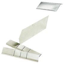 Przegroda z blachy stalowej do otwartych pojemników magazynowych z polistyrenu