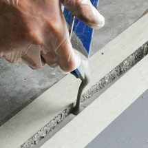 Riparazione di pavimenti in calcestruzzo, malta
