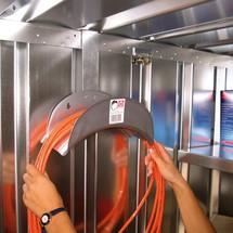 Schlauch-/Kabelaufhängung für SC- und SGL-Container
