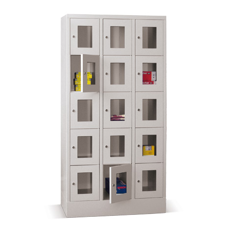 Schließfachschrank mit Sichtfenster PAVOY® mit 3 x 5 Fächern, Breite 930 mm