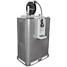 Schmierstoff-Tank mit Druckluftpumpe und Automatik-Schlauchaufroller.