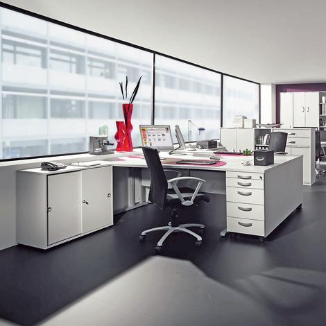 Schreibtisch JOBexpress C-Fuß